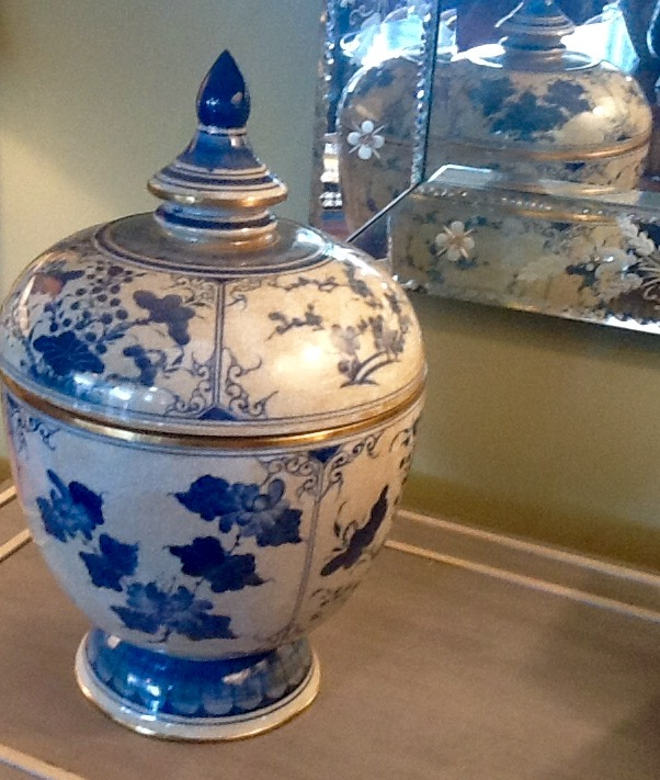 Pair Chinese Blue & White Chinese Lidded Pots